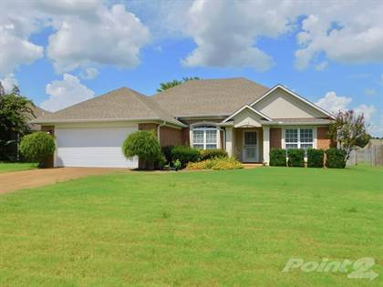 Single-Family Home for sale in 41 Castlegate Drive , Jackson, TN, 38305