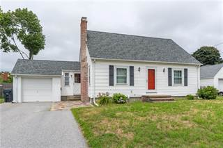 House for sale in 72 HARMONY Court, Warwick, RI, 02889
