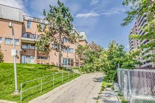 Townhouse for sale in 100 Mornelle Crt, Toronto, Ontario