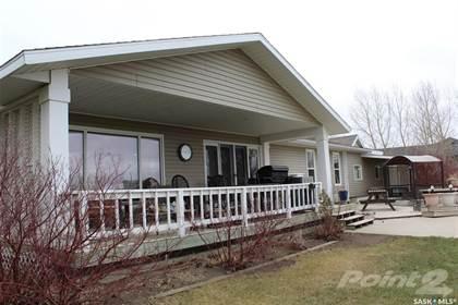 Residential Property for sale in 1421 1st AVENUE NW, Weyburn, Saskatchewan, S4H 3E3