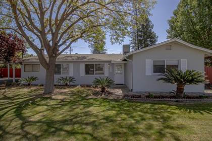 Residential for sale in 5558 E Dakota Avenue, Fresno, CA, 93723