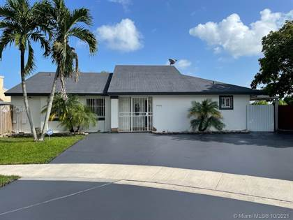 Residential Property for sale in 12426 SW 209th St, Miami, FL, 33177