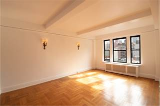 Co-op for sale in 124 East 84th Street 9D, Manhattan, NY, 10028