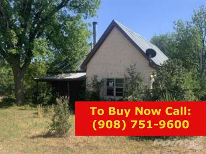 Residential Property for sale in 711 Ave B SW, Childress, TX, 79201
