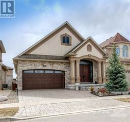 Single Family for sale in 205 PAIGE Place, Kitchener, Ontario