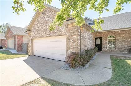 Multifamily for sale in 1515 Belle Royal  CIR, Bentonville, AR, 72712