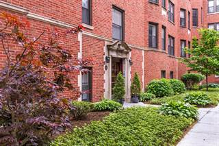 Condo for sale in 1425 West ELMDALE Avenue 2A, Chicago, IL, 60660