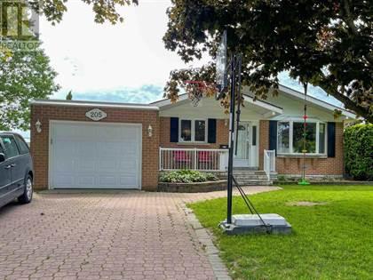 Single Family for sale in 205 Glen Castle RD, Kingston, Ontario, K7M4N7