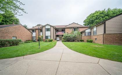 Residential Property for sale in 8607 N Servite Dr 115, Milwaukee, WI, 53223