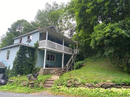 Multifamily for sale in 376 Prosser Hollow Rd, Taylor, PA, 15906
