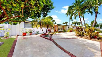 Residential Property for sale in 9370 SW 25th St, Miami, FL, 33165