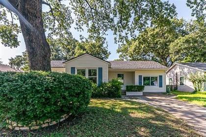 Residential for sale in 1102 W Tucker Boulevard, Arlington, TX, 76013