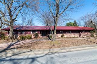 Single Family for sale in 1600 Backus  AVE, Springdale, AR, 72762
