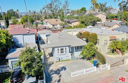 Multifamily for sale in 2511 West Blvd, Los Angeles, CA, 90016