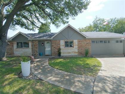 Residential Property for sale in 2100 Norfolk Drive, Arlington, TX, 76015