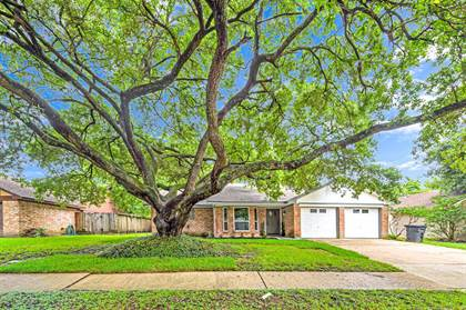 Residential Property for sale in 5707 Knobby Knoll Drive, Houston, TX, 77092