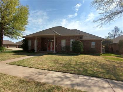 Residential for sale in 6716 Green Meadow Lane, Oklahoma City, OK, 73132