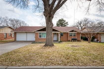 Residential for sale in 1909 Milam Street, Fort Worth, TX, 76112