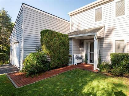 Residential Property for sale in 6 Beaver Lake Ct 6, Westhampton, NY, 11977