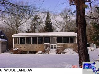 Residential Property for sale in 6 Wodland Ave, The Cedars, Mattapoisett, MA, 02739
