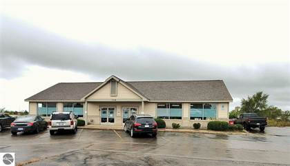 Commercial for sale in 308 US-31 S, Traverse City, MI, 49684