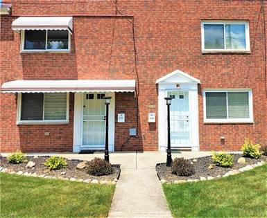 Residential Property for sale in 5990 Glenway Dr B, Brook Park, OH, 44142