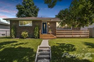 Residential Property for sale in 3912 45 ST SW, Calgary, Alberta, T3E 3V7