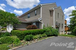 Townhouse for sale in 81 Fisher Road, Mahwah, NJ, 07430