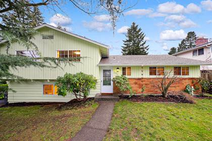 Residential for sale in 256 SW 184th St, Normandy Park, WA, 98148