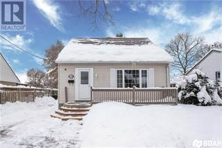 Single Family for sale in 120 GUNN Street, Barrie, Ontario, L4M2H7