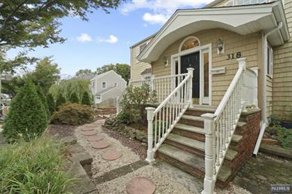 Residential Property for sale in 318 East Midland Avenue, Paramus, NJ, 07652
