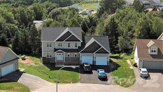 Residential for sale in 11 Eli Court, Charlottetown, Prince Edward Island, C1E2L4