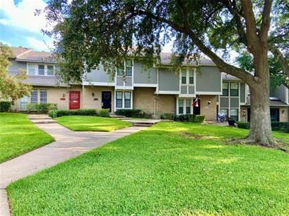 Residential Property for sale in 7616 Pebblestone Drive 23, Dallas, TX, 75230