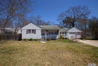 Single Family for sale in 35 Woodland Dr, East Islip, NY, 11730