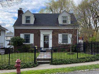 Residential Property for sale in 129 Alden Place, Staten Island, NY, 10301