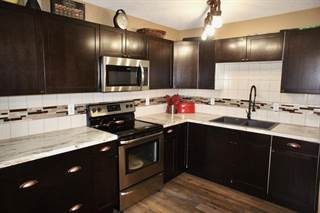 Condo for sale in 8930 99 AV, Fort Saskatchewan, Alberta, T8L3L1