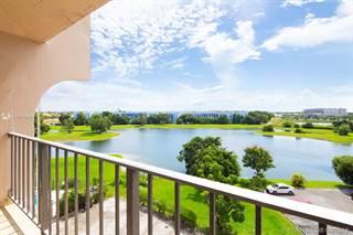 Condo en venta en 9682 Fontainebleau Blvd 602, Miami, FL, 33172