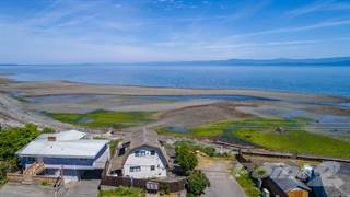 Residential Property for sale in 3264 W. Island Hwy, Qualicum Beach, British Columbia