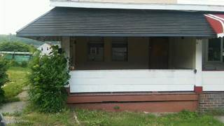 Duplex for rent in 849 E Patterson St, Lansford, PA, 18232
