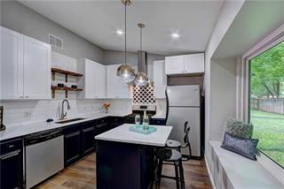 Single Family for sale in 6312 Clubway LN, Austin, TX, 78745