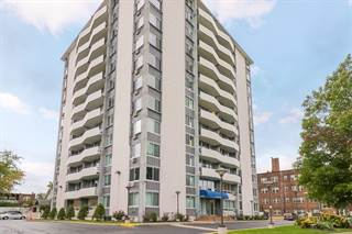 Condo for sale in 11811 Lake Ave 305, Lakewood, OH, 44107