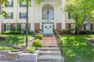 Condo for sale in 15022 Claymoor Court 5, Chesterfield, MO, 63017