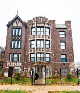 Apartment for rent in 654 N Pine Ave, Chicago, IL, 60644