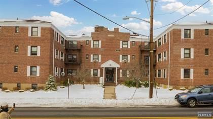 Condominium for sale in 241 East Main Street 2E, Bergenfield, NJ, 07621