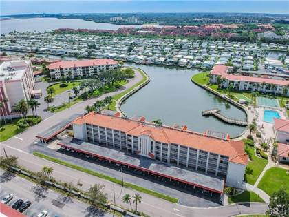 Residential Property for sale in 19029 US HIGHWAY 19 N 811, Clearwater, FL, 33764