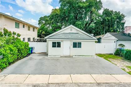Residential Property for sale in 4789 NW 1st St, Miami, FL, 33126