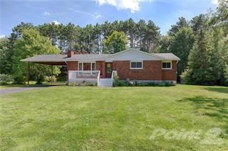 Residential for sale in 17 McKay Street , Petawawa, Ontario, K8H 3G7