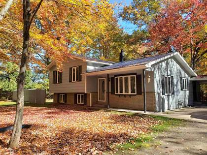 Residential Property for sale in 5900 CHAPIN Street, Florence, WI, 54121