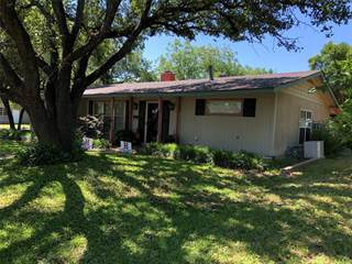 Single Family for sale in 820 East Gentry, Hamilton, TX, 76531
