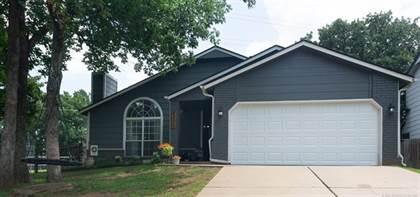 Residential Property for sale in 3509 S Rolling Oaks Drive, Tulsa, OK, 74107
